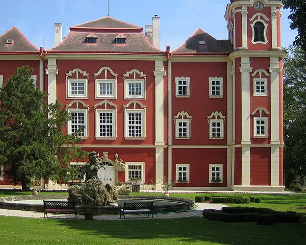 Schulreise Mittelalter Hotel***: Außenansicht