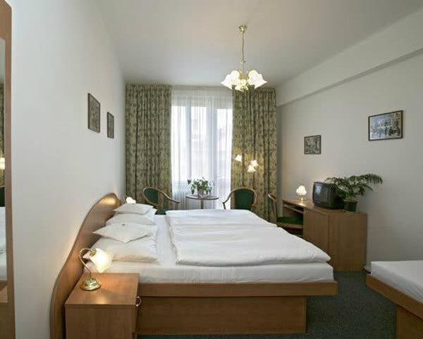 Studienfahrt Hotel Legie***- Zimmerbeispiel