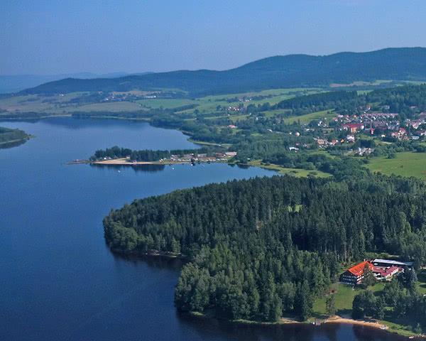 Kursfahrt Hotel Jenisov- Luftbild