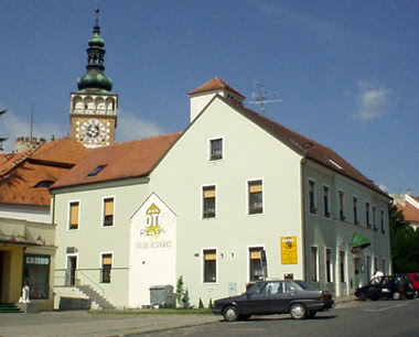 Kursfahrt 3-Sterne-Hotel in Mikulov: Außenansicht