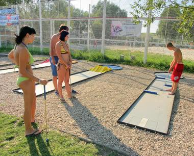 Klassenfahrt Ferienpark am See***- Minigolf