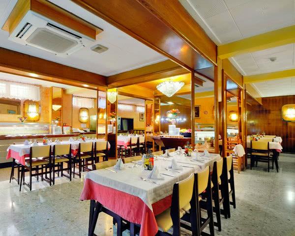 Studienfahrten Hotel Continental- Restaurant