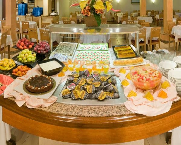 Abireisen Hotel Costa Brava: Buffet