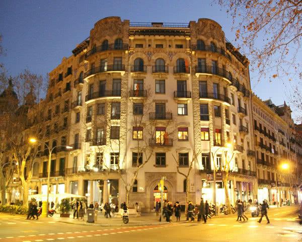 Schulfahrt Barcelona Hostel Point Centric- Außenansicht