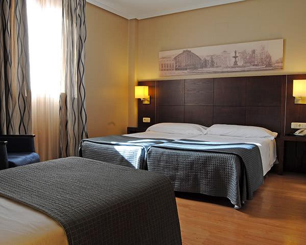 Kursreisen 3-Sterne Hotel- Zimmerbeispiel Triple Room
