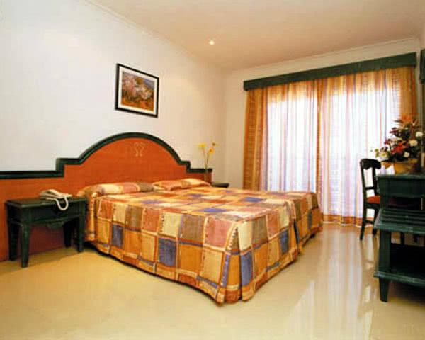 Schulfahrt Mallorca Hotel Dunas Blancas: Zimmerbeispiel