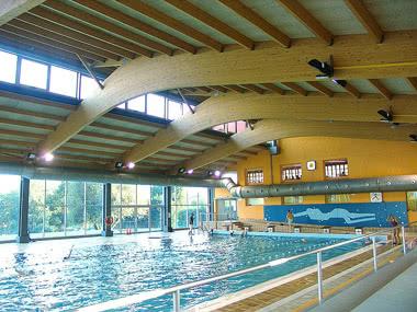 Klasswnfahrt Pyrenäen Schwimmhalle