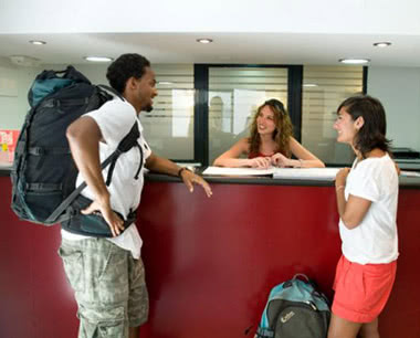 Klassenfahrt Center Valencia Hostel- Rezeption