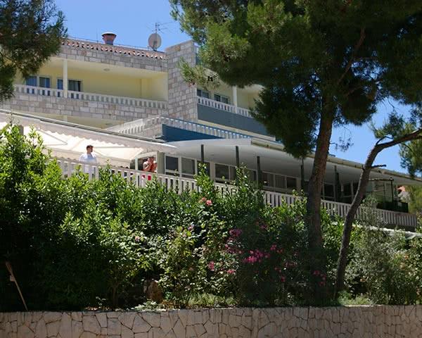 Klassenfahrten Hotel Sveti Kriz***- Außenansicht