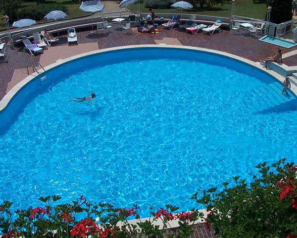 Schulreise Ferienzentrum Plava Laguna: Poolanlage