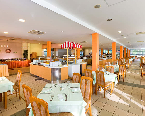 Klassenfahrt Ferienanlage Polynesia***- Restaurant