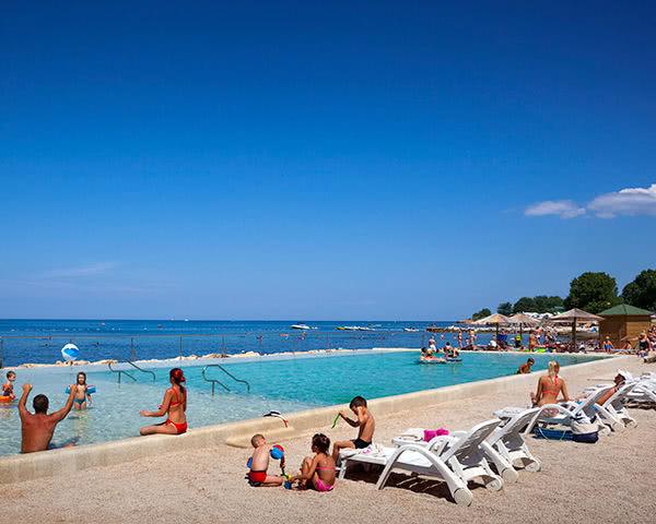 Klassenreisen Ferienanlage Mareda: Pool