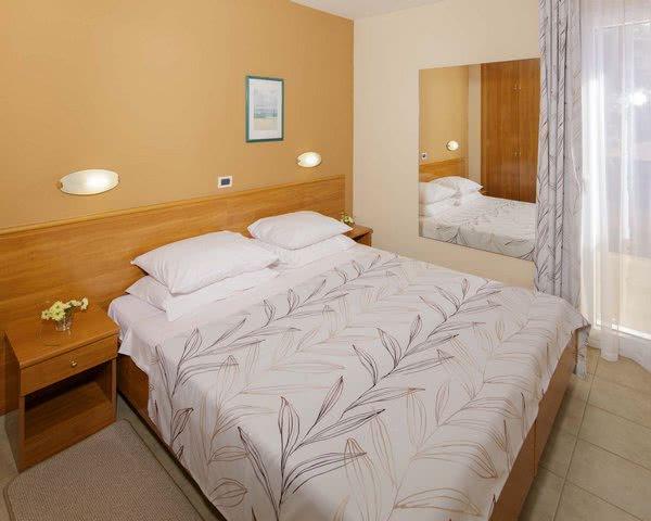 Jugendreisen Komfort-Ferienanlage Sol Stella***: Zimmerbeispiel