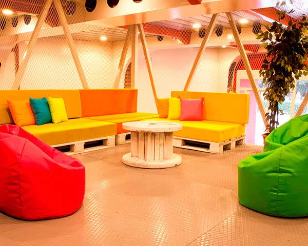 Gruppenreise Botel Marina: Lounge