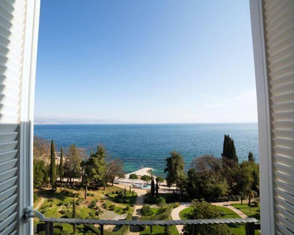 Schülerfahrt Hostel Link- Blick aus dem Fenster