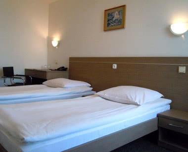 Studienfahrt Hotel Slask**- Zimmerbeispiel