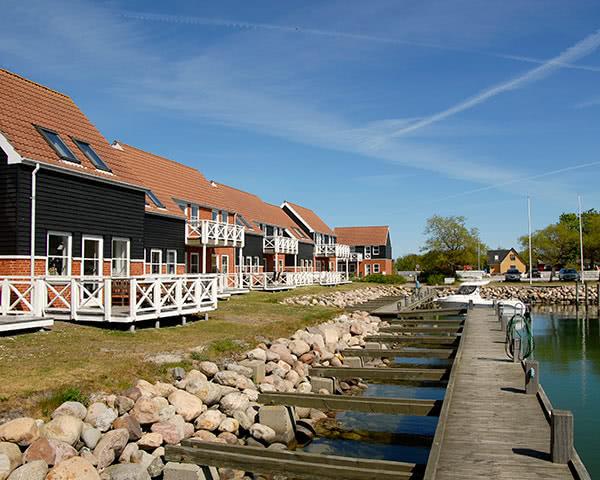 Jugendfahrten Ferienpark Møn- Außenansicht Unterkunft