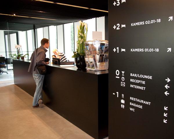 Klassenfahrten Jugendherberge Antwerpen- Rezeption