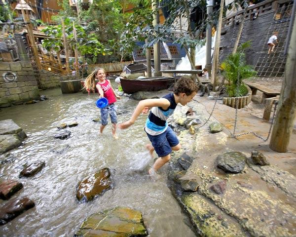 Schülerreise Centerparcs De Vossemeren: Badespaß