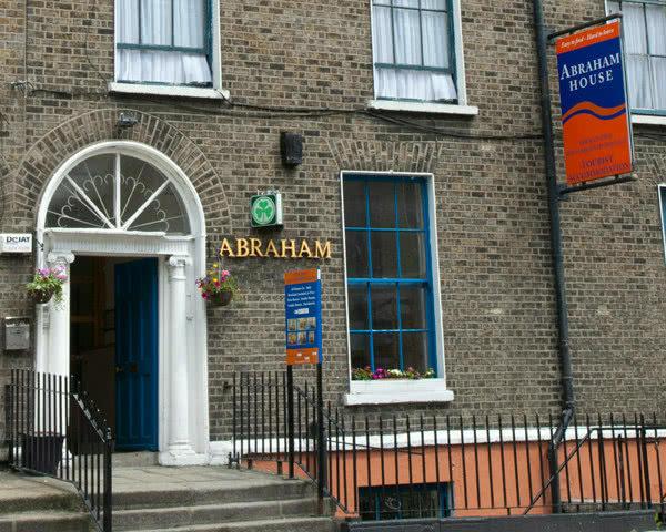 Studienfahrt Dublinn Abraham House: Außenansicht