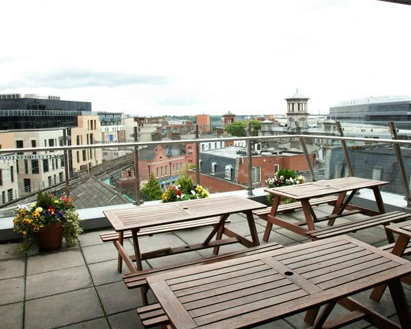 Klassenfahrten Dublin Jacobs Inn: Dachterrasse