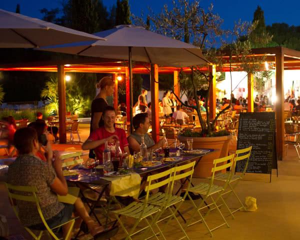 Klassenfahrt Ferienpark Camargue- Restaurant