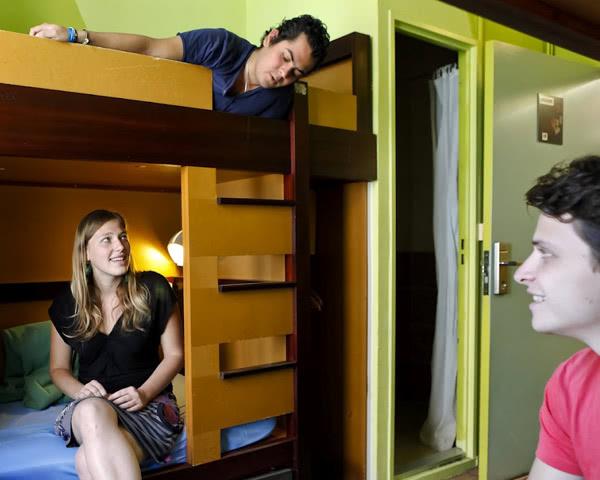 Schulfahrt Jugendherberge Lyon- Zimmerbeispiel
