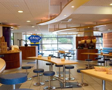 Studienreise ETAP Hotel St. Malo: Beispiel Frühstücksbuffet