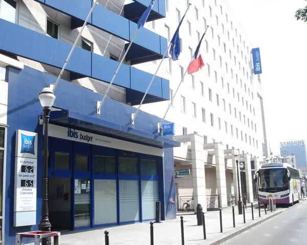 Klassenfahrt Hotelbeispiel Ibis Budget Porte de Montmartre- Außenansicht