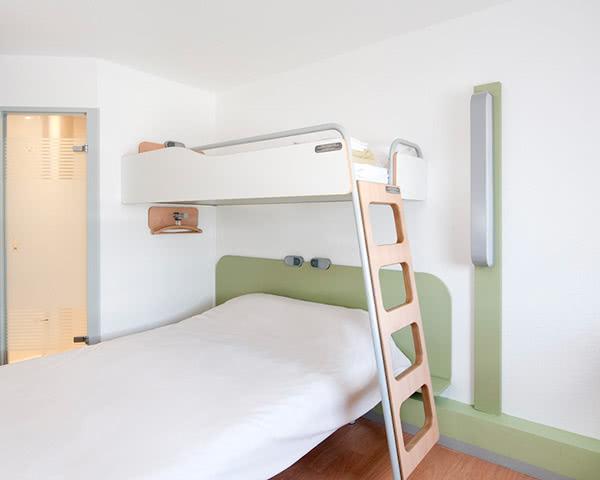 Schülerreise 2- Sterne Hotel Ibis Budget Avignon Nord: Zimmerbeispiel