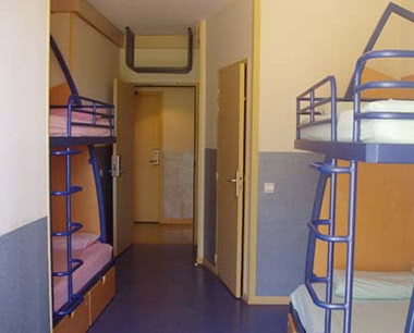 Abifahrt Jugendherberge Aix-en-Provence- Zimmerbeispiel