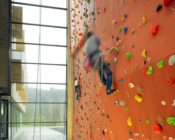 Studienreise Jugendherberge Echternach: Kletterwand