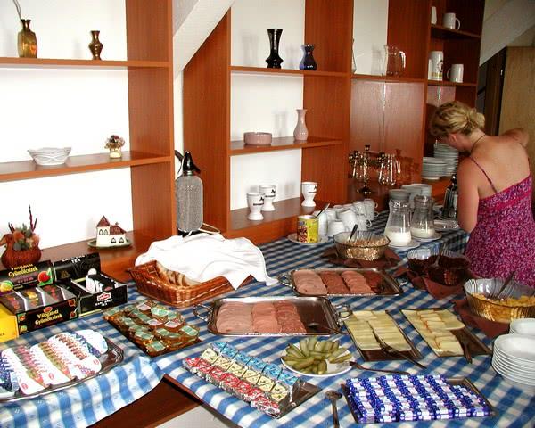 Kursfahrt Hotel Fortuna*** Budapest- Frühstücksbuffet