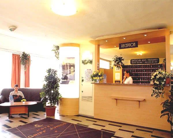 Klassenfahrt Budapest - Hotel Griff Rezeption