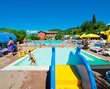 Abschlussreise Camping Bardolino: Pool