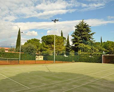 Abireise Freizeitcamp Gardasee-Süd: Tennisplatz