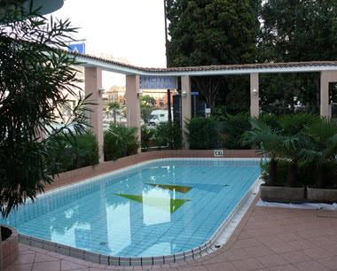 Klassenfahrten Gardasee Hotel Ifigenia: Swimming Pool