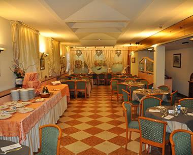 Gruppenreisen Hotel La Vela: Speisesaal