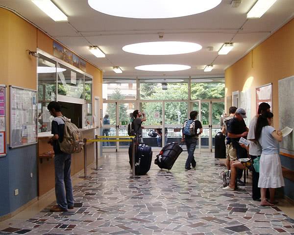 Abschlussreisen Jugendherberge Mailand: Rezeption