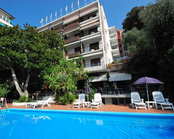 Jugendreise Hotel Principe: Außenansicht
