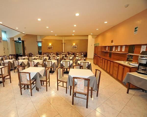 Jugendreise Beispielhotel Giotto Rom Stadtrand: Speisesaal