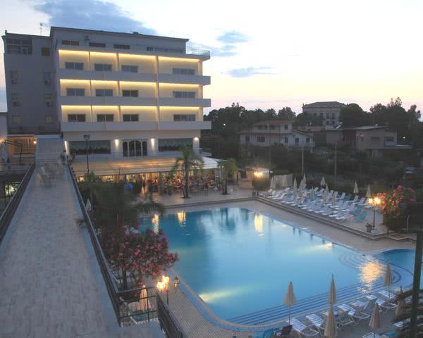 Kursfahrt Ferienhotel im Raum Cefalù- Unterkunftsbeispiel