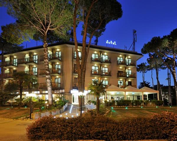Jugendfahrten Hotel Vina de Mar- Außenansicht