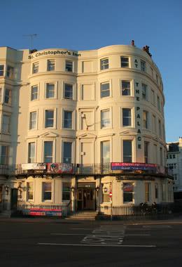 Kursfahrt St. Christopher's Inn Brighton- Außenansicht