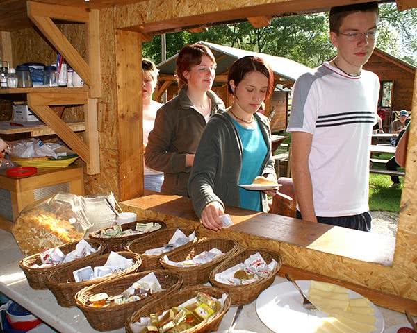 Abifahrt Sport-Erlebnis-Camp- Frühstück