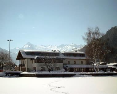 Klassenfahrt Hotel Zell am See- Winteransicht