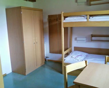 Abschlussfahrt Hotel Zell am See: Zimmerbeispiel