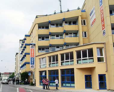 München - Klassenfahrt Unterkunft A&O Hostel