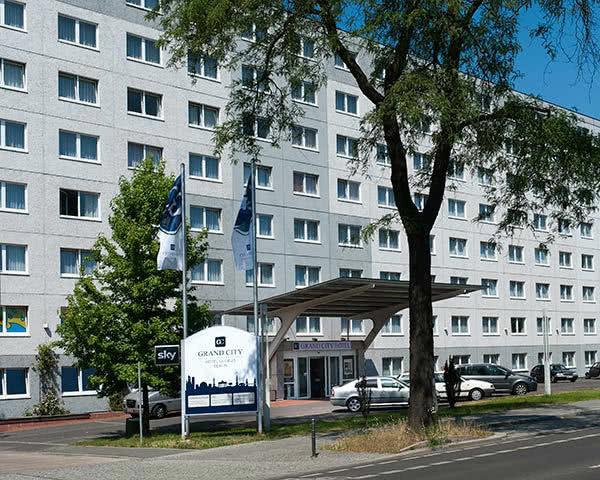 Abschlussfahrten Grand City Hotel Globus Berlin- Außenansicht
