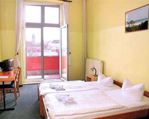 Kursfahrt HappyGoLucky Hostel- Doppelzimmer